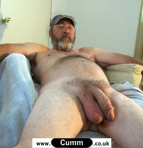 Man with biggest balls in the world naked
