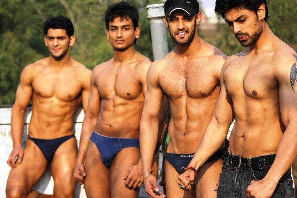 Bollywood male muscle actor in nude photos