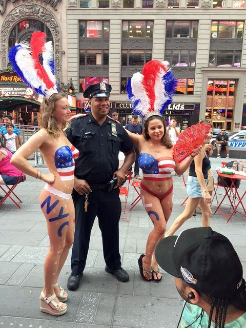 Naked lady in time square